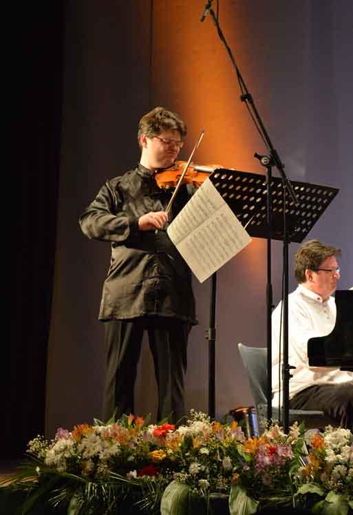 47. Фестивал - Концерт: Роман Симовић, виолина (Лондон) , Валтер Делахант, клавир